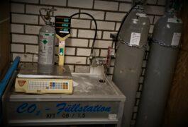 co2 fles vullen aquariumhuis friesland, leeuwarden